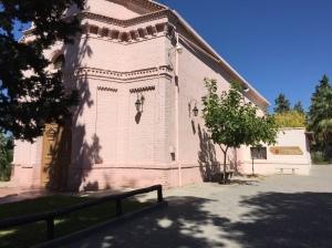 Vista lateral de la capilla Jesús Nazareno en Gaymallén, Mendoza. Capilla Histórica.